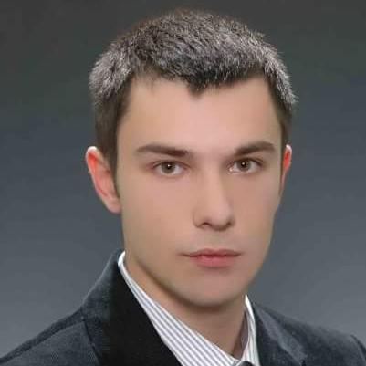 Zdravko Cacanoski  is a tour guide for Skopje (Macedonia)
