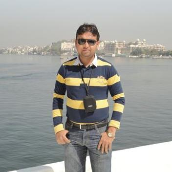 Vishal Gupta is a local tour guide for Agra (India)