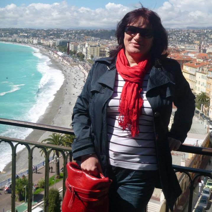 Julia Csefalvay  is a local tour guide for Cikolasziget (Hungary)